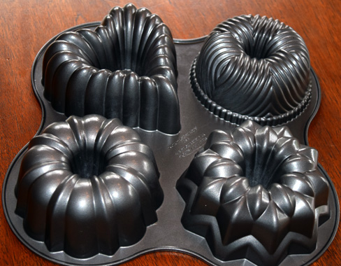 bundt-pan-bottom